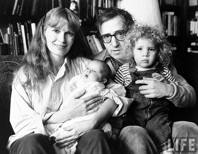 Woody Allen and Mia Farrow with Dylan Farrow and Satchel (Ronan) Farrow