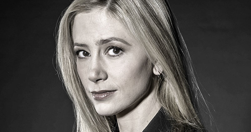 Mira Sorvino Betrayed Woody Allen and Stabbed Him in the Back
